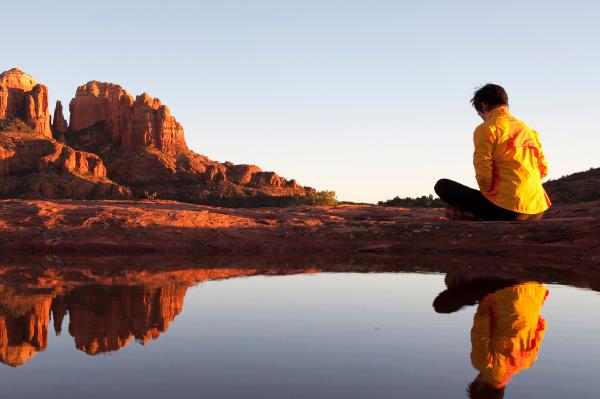woman-meditating-in-sedona