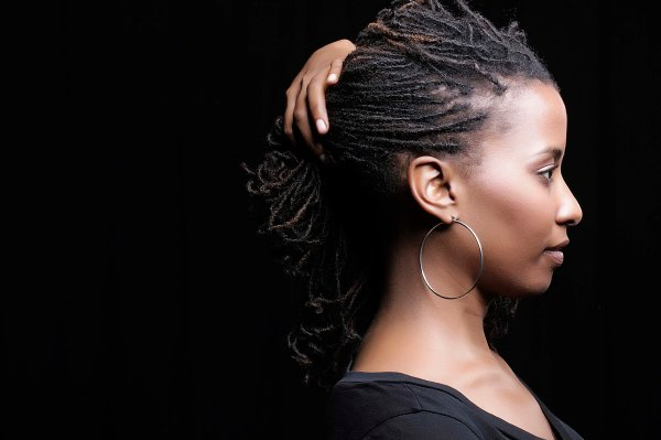 short-dreadlock-hairstyle-for-women